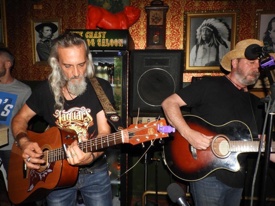 barba-rossa-aserradero-guitarras